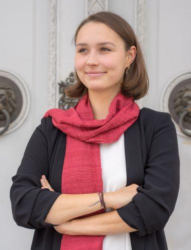 Lisa Schostal - Sekretariat